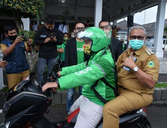 Bupati Acep Launching Grab Bike Protect Beroperasional di Kuningan